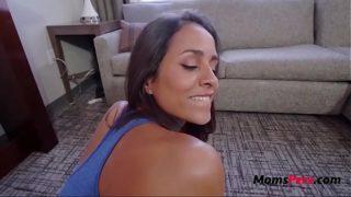MOM's morning YOGA- Abby Lee Brazil